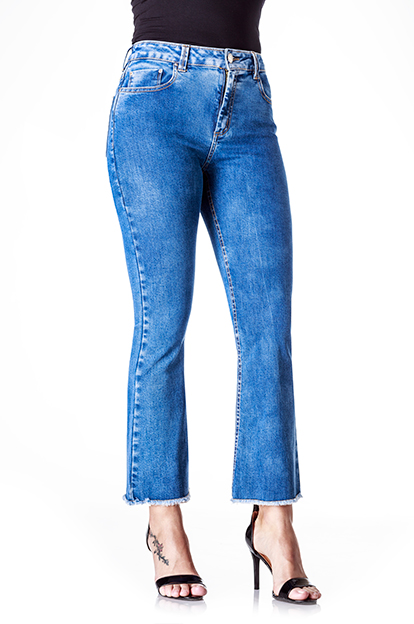 CALCA CROPPED FLARE FEM SIDERAL JEANS